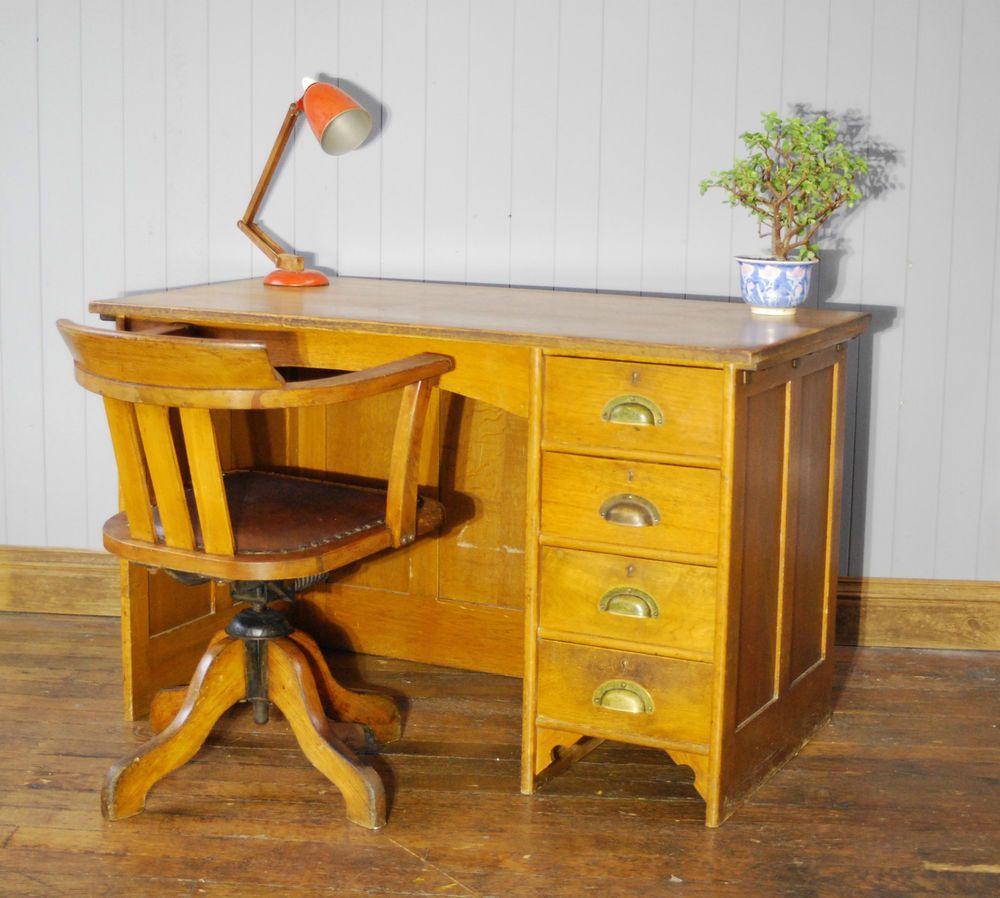 #Vintage #MidCentury #Oak #Wooden #Pedestal #Desk #PedestalDesk #Office  #BrassHandle #VintageFurniture