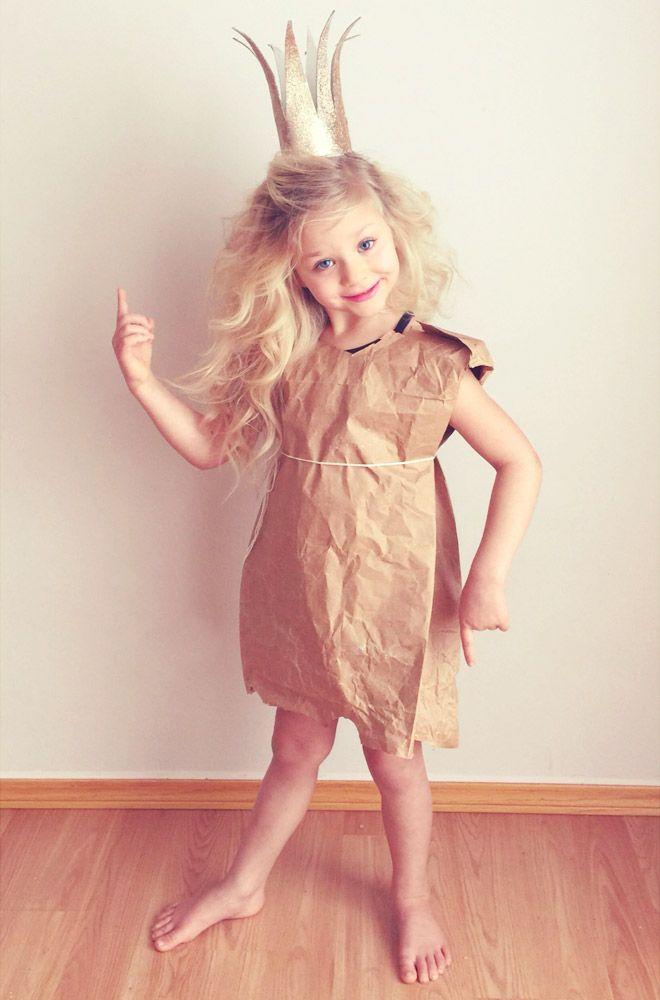 DIY Paperbag Princess costume, Robert Munsch #bookweekcostumes #bookweekcostumesforboys #bookweekcostumesforgirls #bookweekcostumes2019 #bookweekcostumesDIY #DIYbookweekcotumeideas #easybookweekcostumes #paperbagprincesscostume