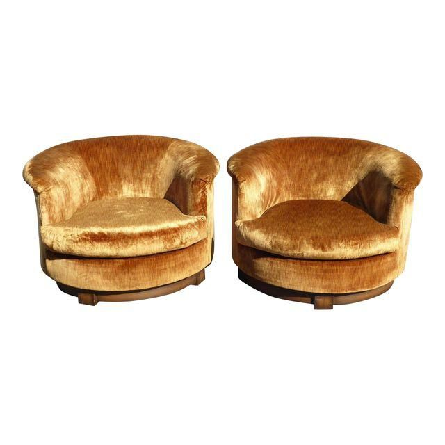 Wondrous Vintage Mid Century Orange Velvet Swivel Club Chairs Pair Squirreltailoven Fun Painted Chair Ideas Images Squirreltailovenorg