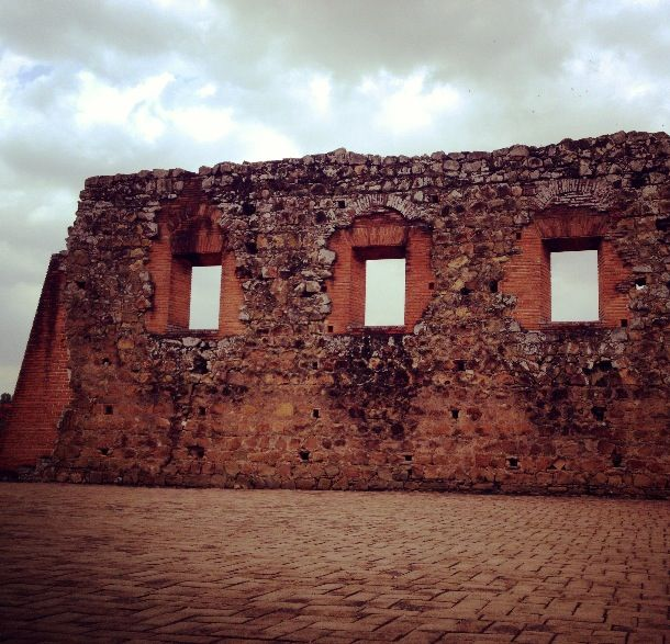 Jennifer Sills Travel Panama Viejo