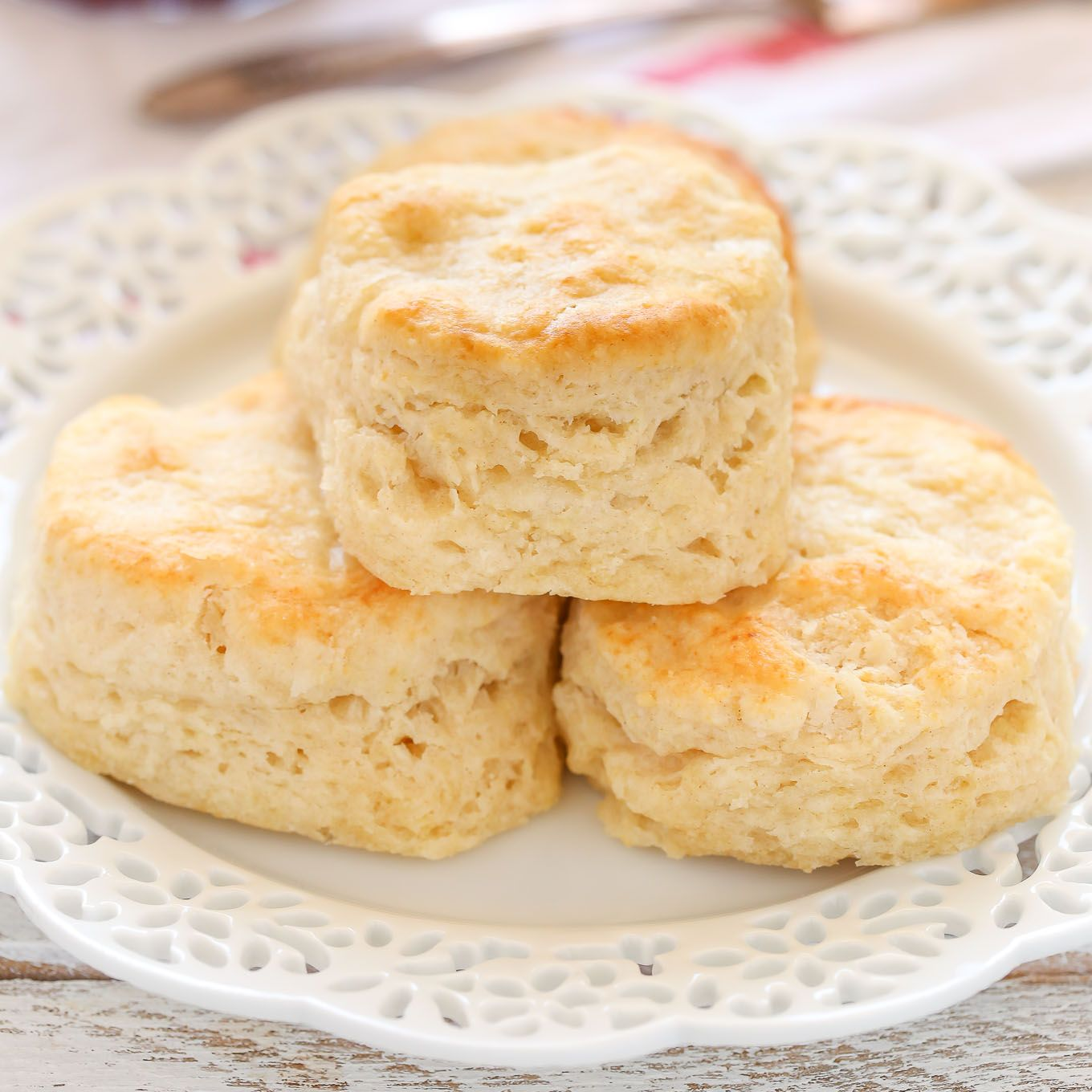 These Easy Buttermilk Biscuits Are Incredibly Soft Tall Flaky And Buttery Serve These With Some Jam Or Easy Biscuit Recipe Homemade Biscuits Biscuit Recipe