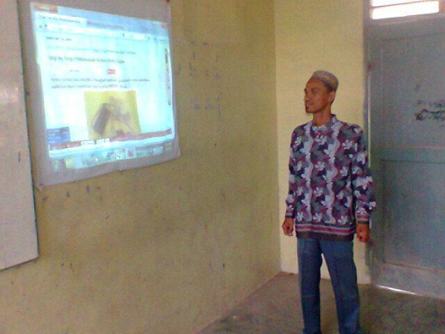 Hasil gambar untuk pembelajaran online guru elektronik