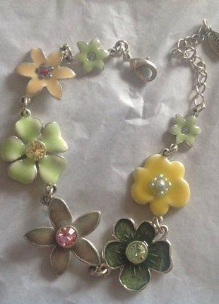 2b9332e1ea8 Pilgrim bracelet fleurs argenté