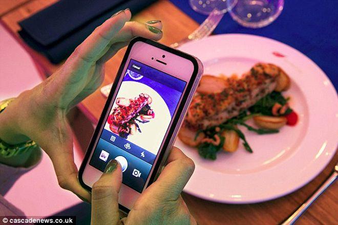 Em Londres, restaurante deixava pagar pela comida com fotos do Instagram (!) - Blue Bus