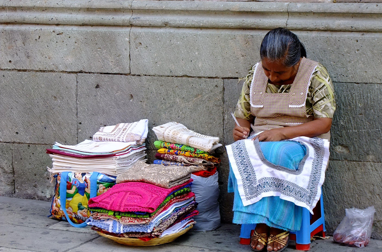 Blusas bordadas a mano, Oaxaca de Juárez, México