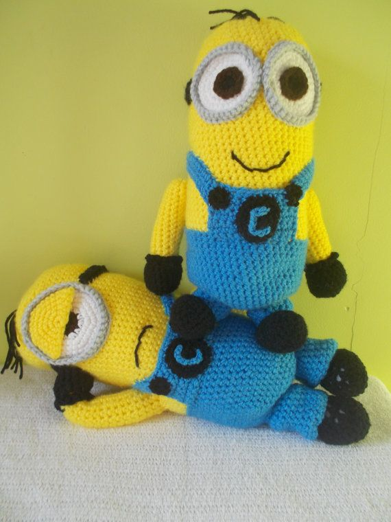 Crochet Despicable Me yellow Minion by StephanieTwistedYarn