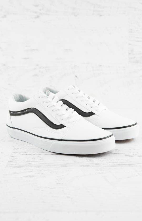 d5b4071673c Vans Old Skool Classic Tumble Sneaker - True White Black from peppermayo.com