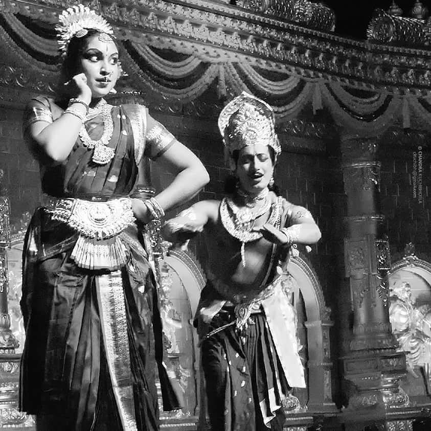 #kuchipudi #picoftheday #bnw #kuchipudidance #artsy #india_ig #natyam #indiaigers #india #hyderabad #siliconandhra #dancerspose #dancers #indianclassicaldance #indianclassical #performance #blackandwhite #monoart #mono #bwofheday #bnwlife #instagood #ic_bw #noir #noiretblanc #bnw_captures #culture #bw_lover #dance by chandrakuchibhotla