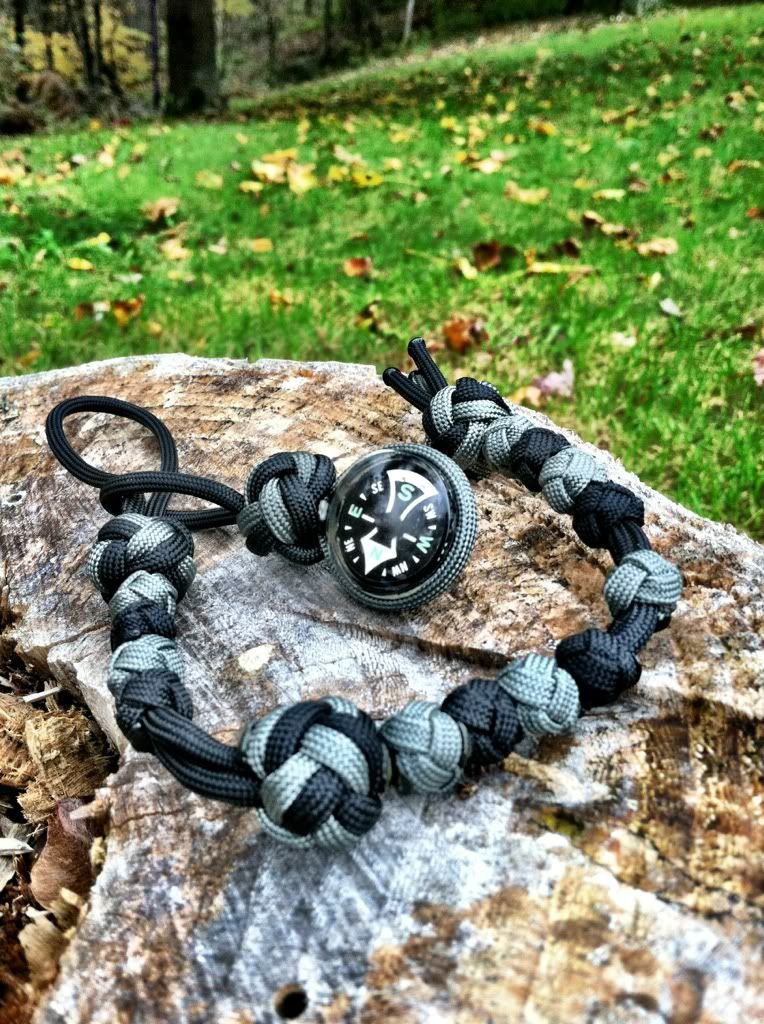 http://www.paracordist.com #paracord 550 cord army ranger pace counter beads for land navigation; this was one of my favorite handmade sets, black and foliage