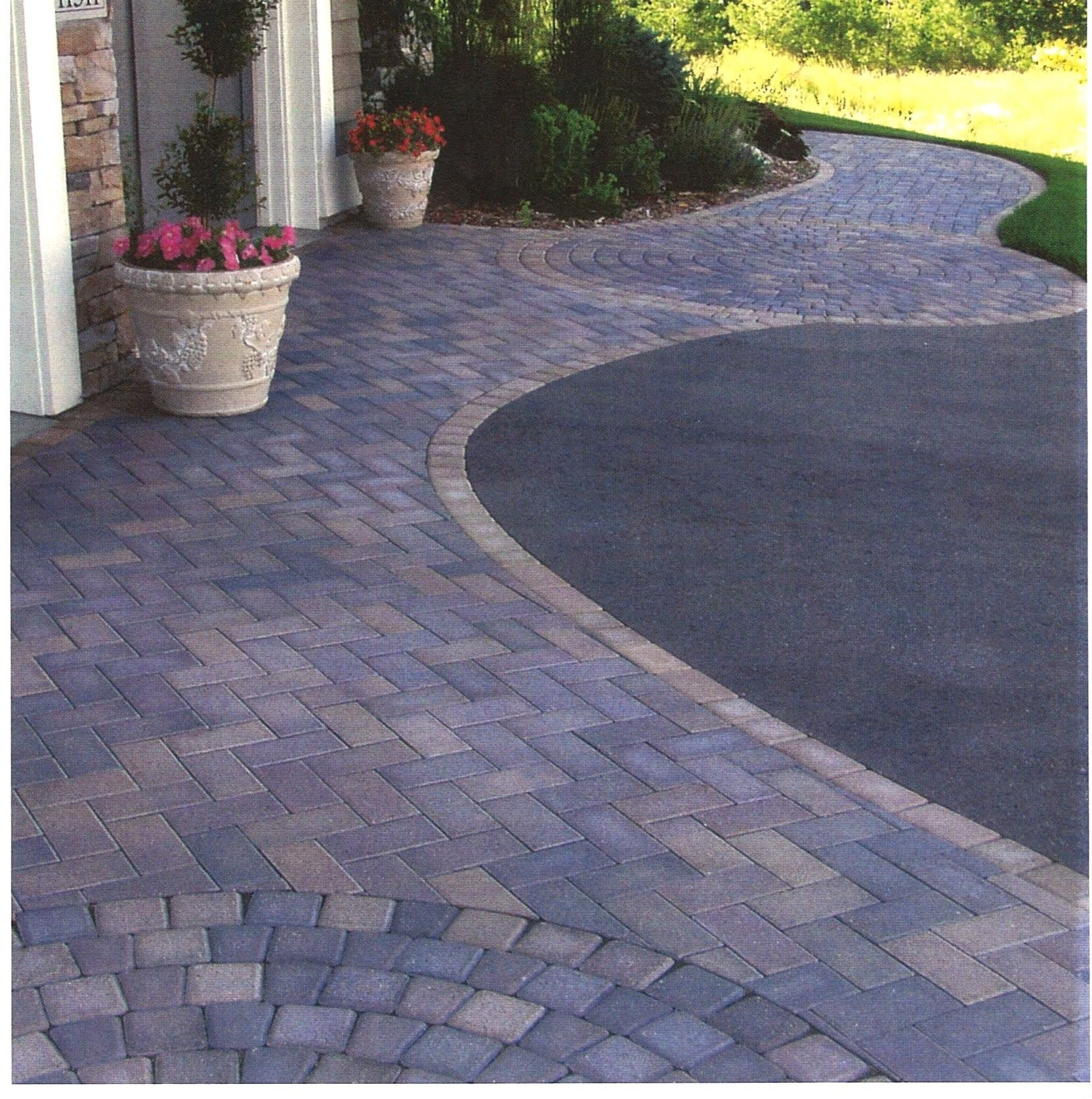Driveway Design Pictures From Central New Jersey Driveway Design Driveway Landscaping Driveway