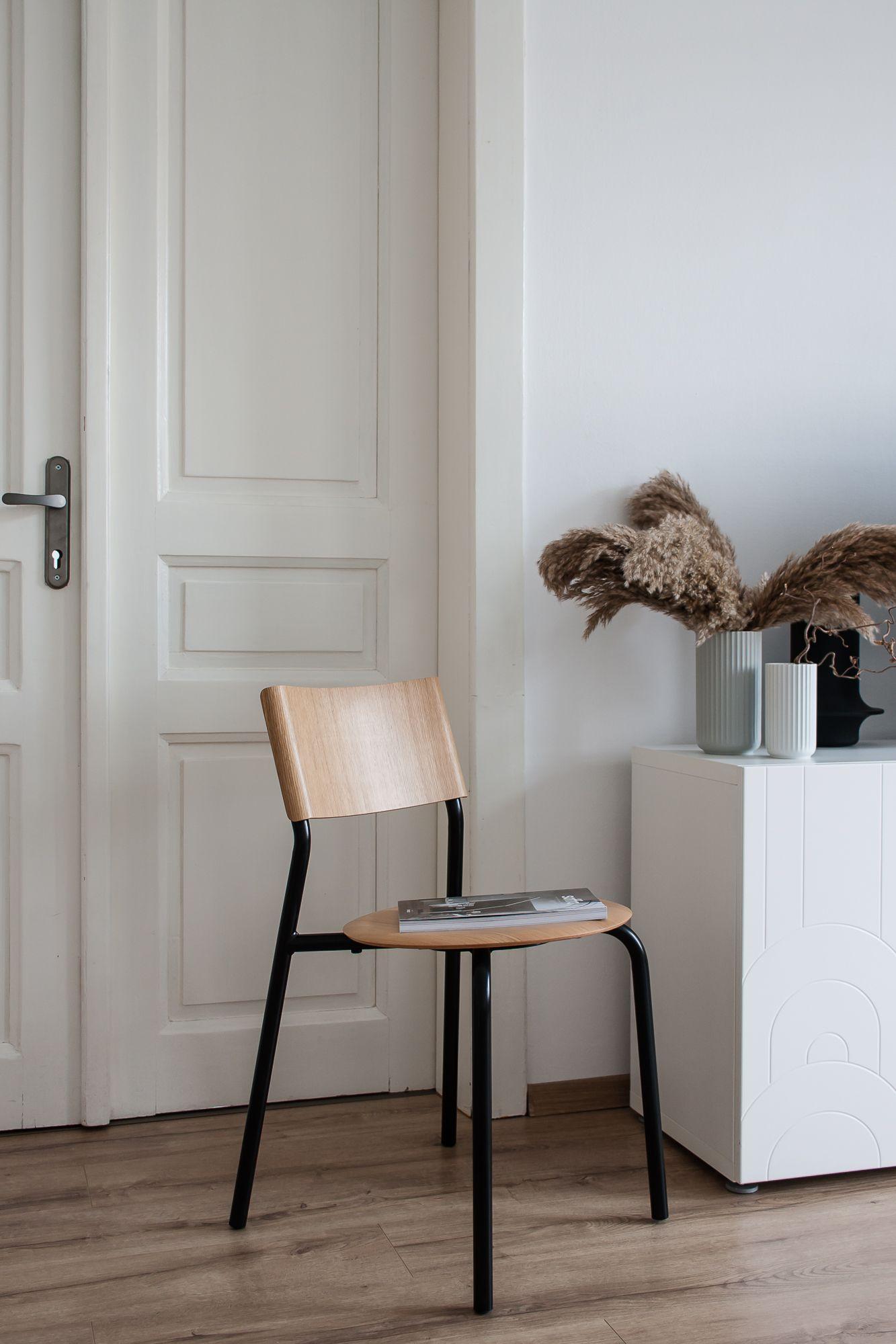Chaise Ssd Simple Solide Et Durable Par Tiptoe Fabrication 100 Europeenne Avec Des Materiaux Nobles En 2020 Mobilier De Salon Pied De Table Design Meuble Unique