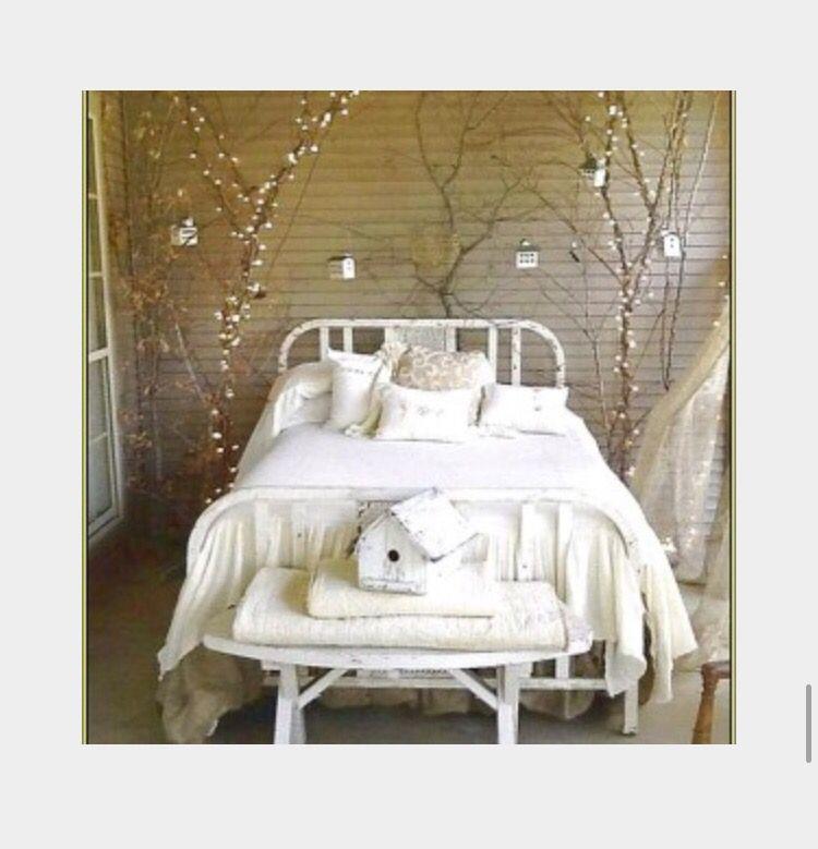 Cute Bedroom, love it !!