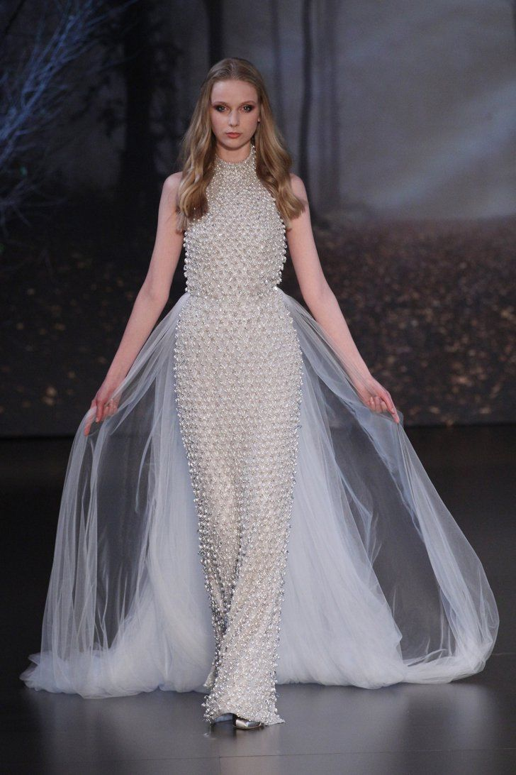 Pin for Later: These Couture Catwalk Looks Will Make You Want to Be a Princess Bride Ralph & Russo