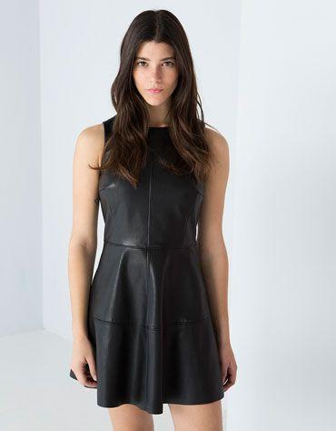 duradero en uso disfruta de un gran descuento Nueva York Vestido polipiel Bershka sin mangas | Vestidos | Dresses ...