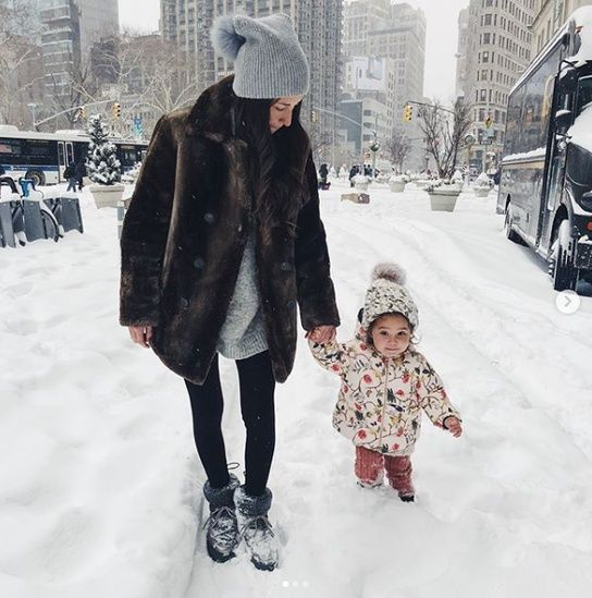 Pin by Tessa Lynar on Motherhood ️ Winter outfits, Snow