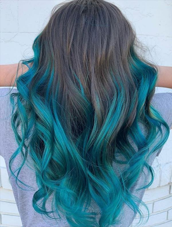 13 Gorgeous Blue Hair Color And Hairstyle Design Ideas Latest Fashion Trends For Woman In 2020 Hair Styles Long Hair Styles Hair Color Blue