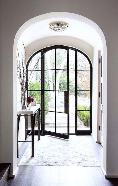Adapter sa porte d\u0027entrée au style de sa maison House - pose d une porte d entree