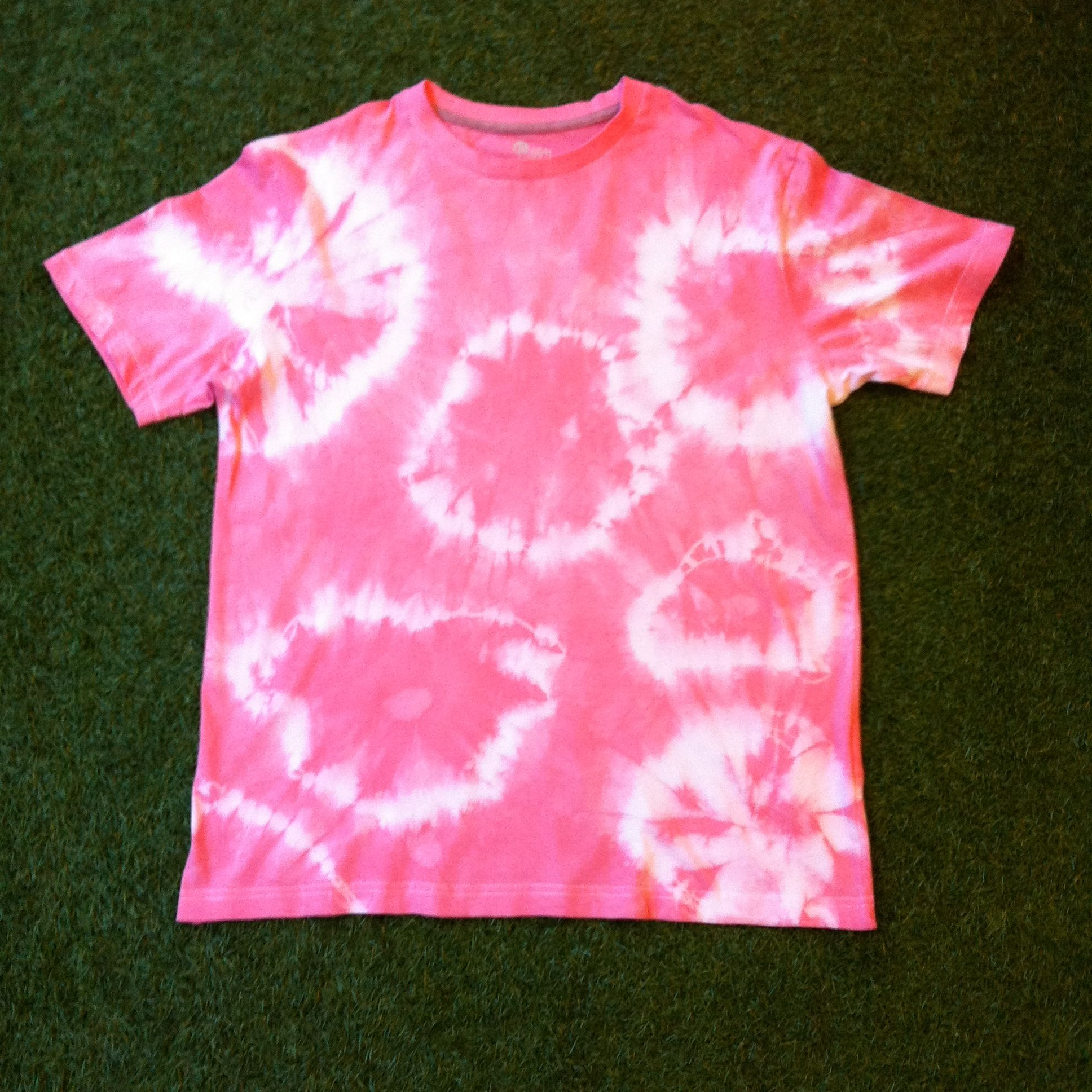 I am selling tie dye t-shirts, please visit: www.facebook.com/Forever864783 for more details.