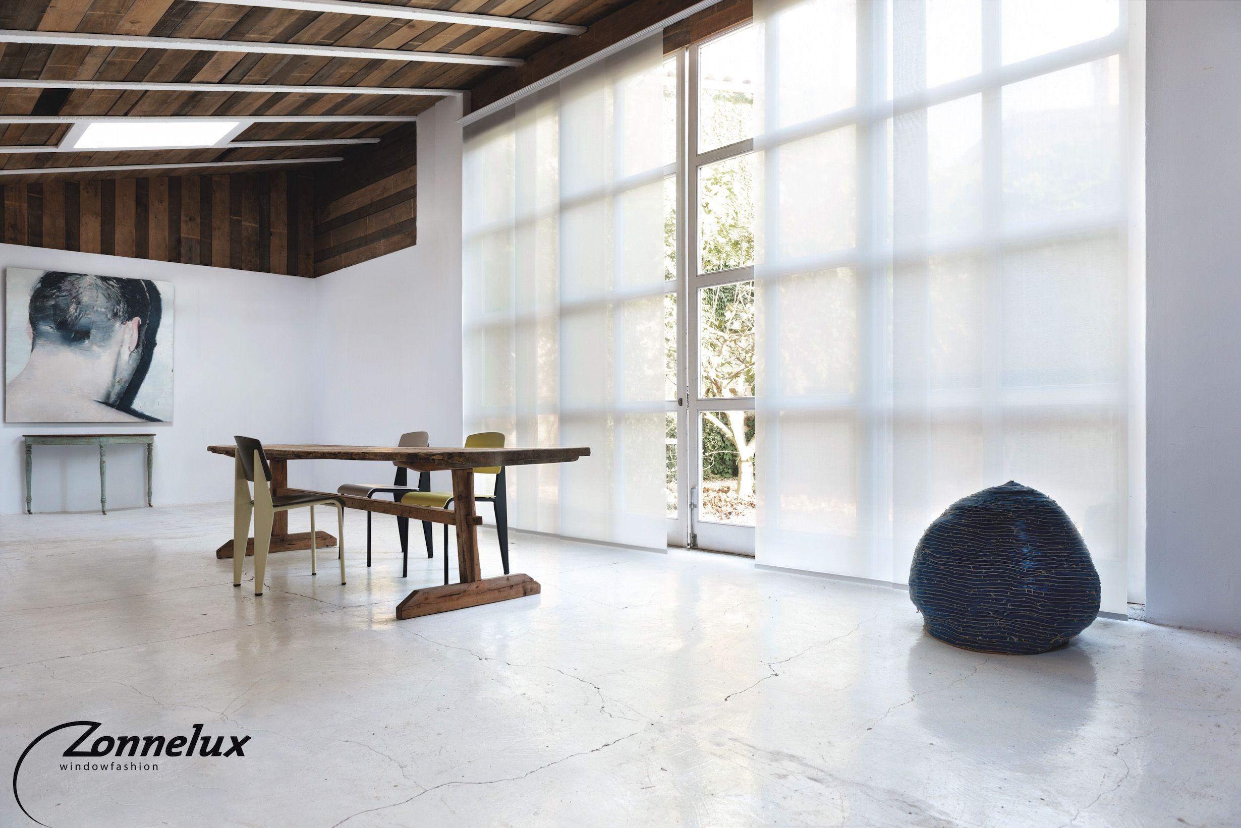 Paneelgordijn van Zonnelux in de eetkamer. | Interior design ...