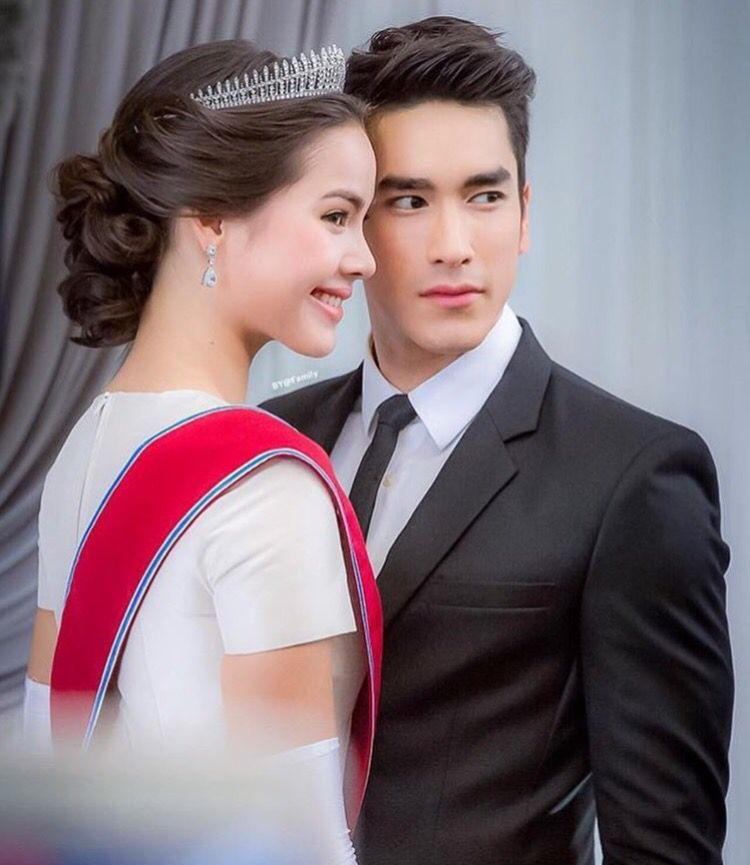 Nadech and Yaya | Celebrity couples, The most beautiful