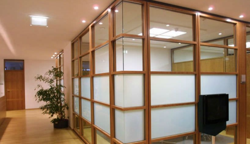 Sound proof room dividers for open floor plan office Opening glass walls