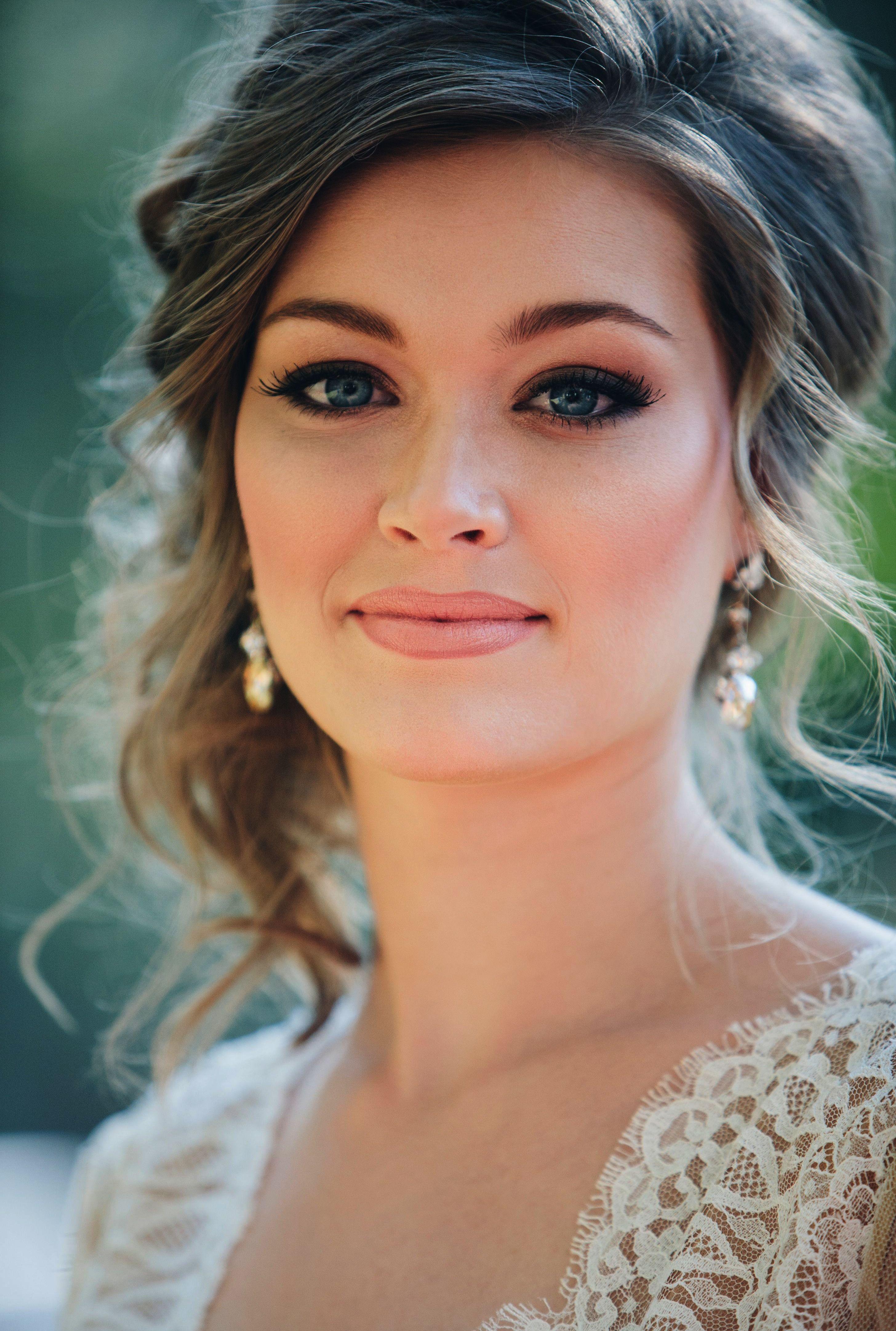 Simple wedding guest hairstyles diy simple wedding hairstyles