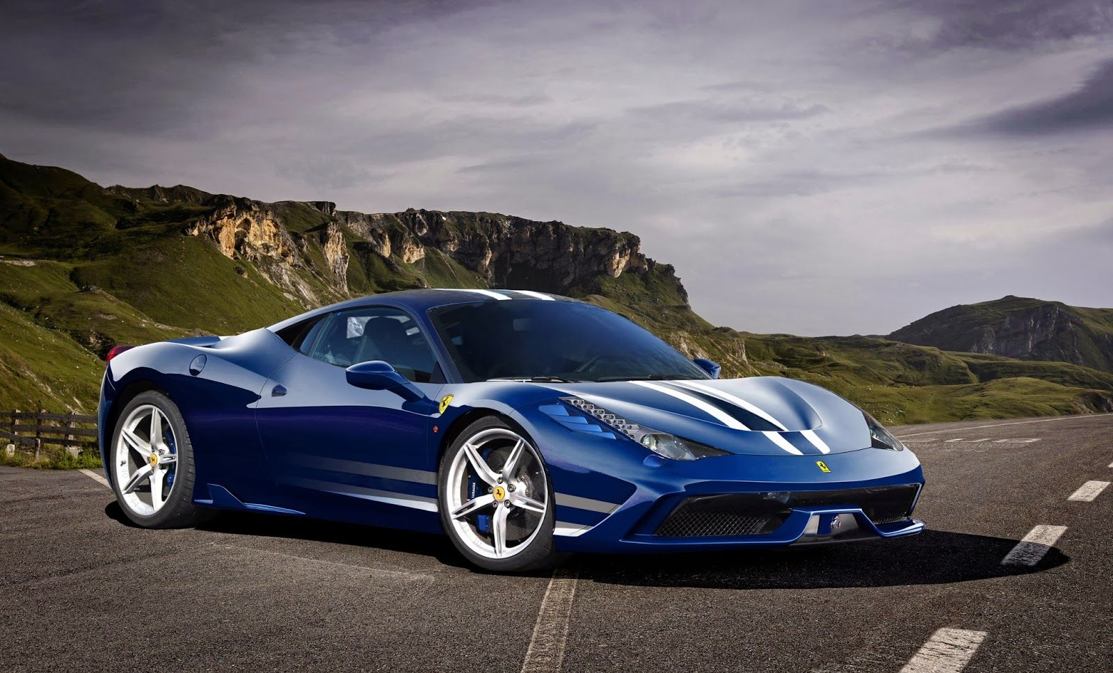 Awesome Ferrari 458 Blue Uhd Wallpapers