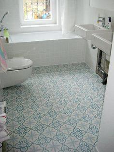 Bad mit zementfliesen ira deko badezimmer bad und bad fliesen - Marokkanische badezimmer ...
