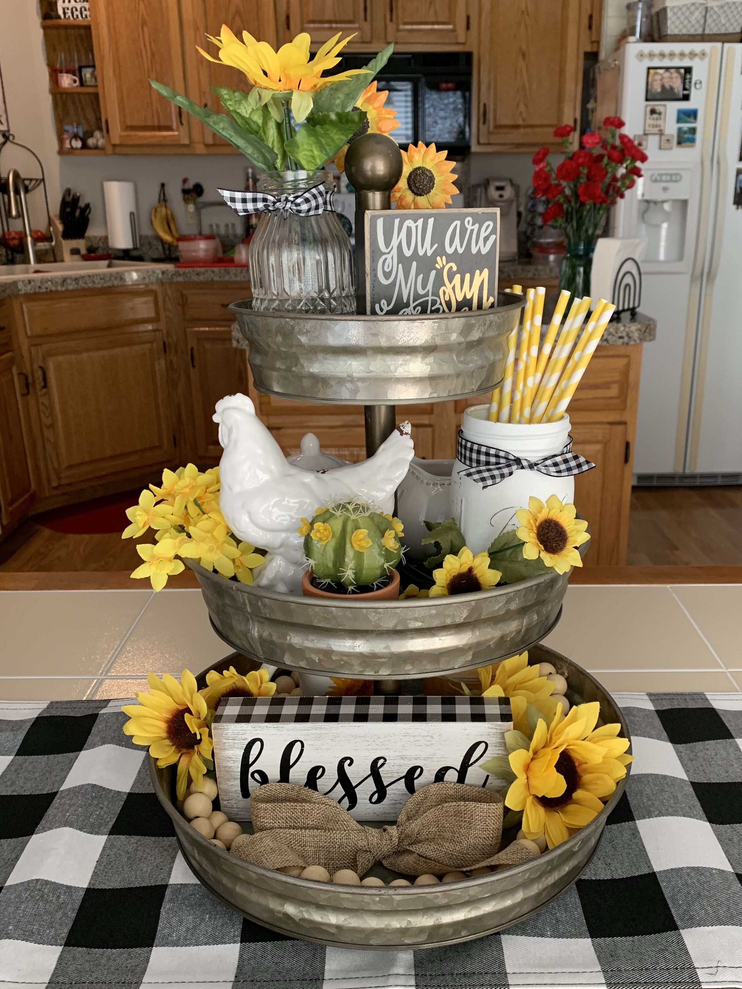 Pin By Melody Mitchell On Home Decor Ideas In 2020 Sunflower