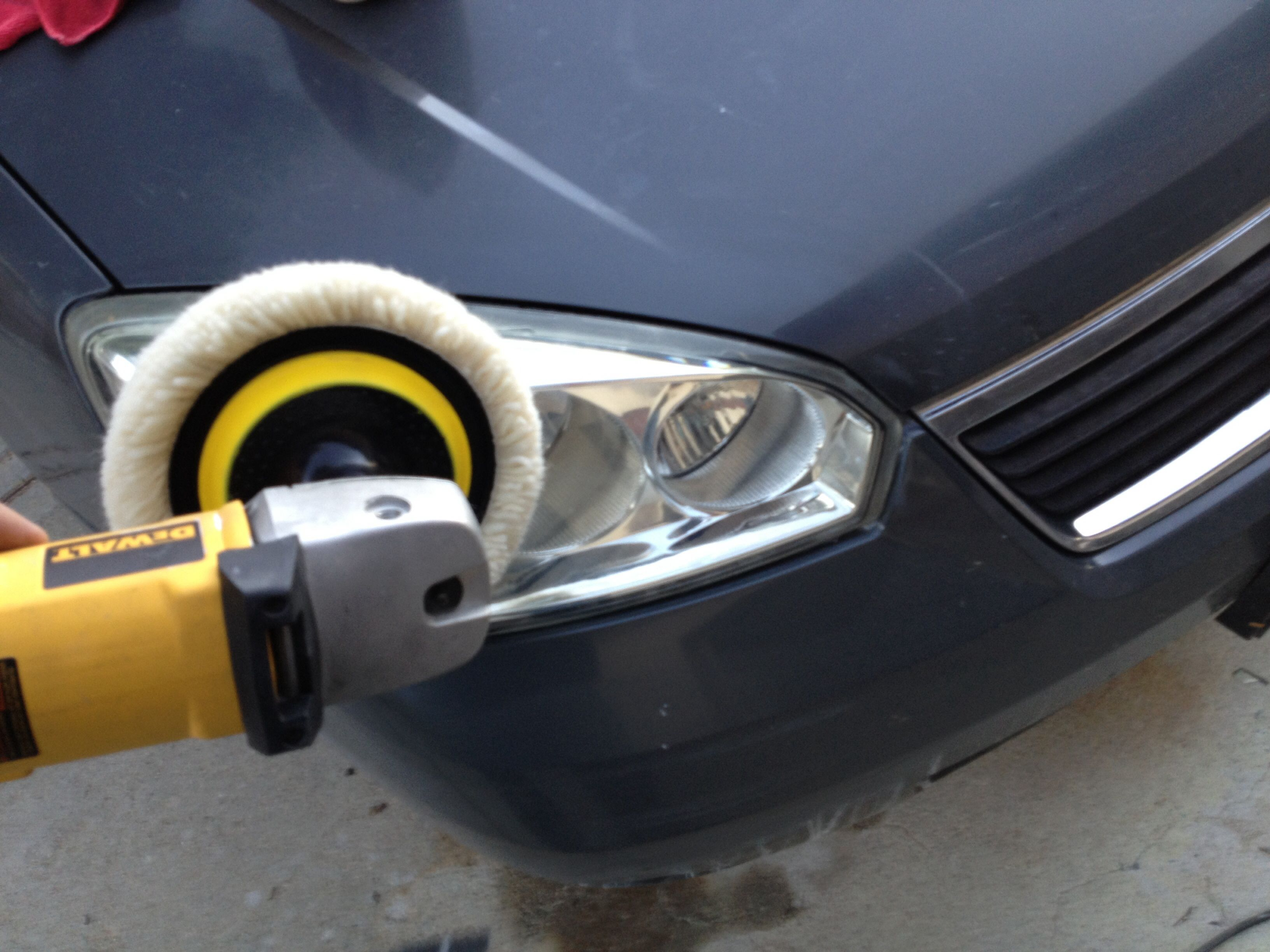 Buff headlamp with variable speed buffer use a mild buffing pound