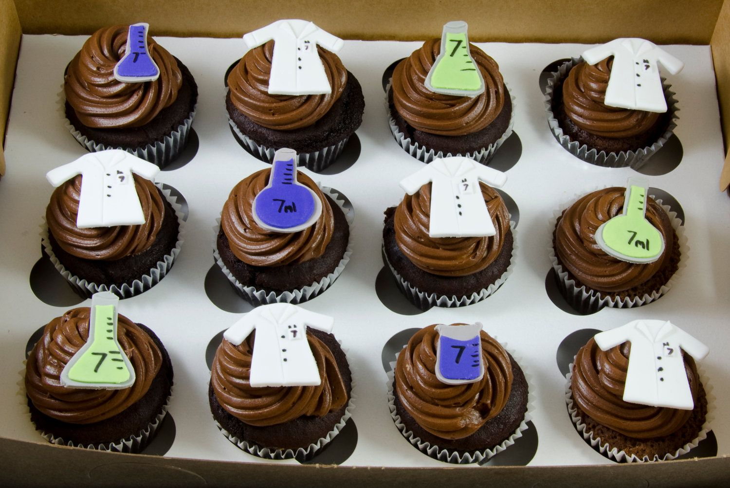 Chemistry Cupcake Toppers via Etsy. | Cupcake cakes, Cake ...