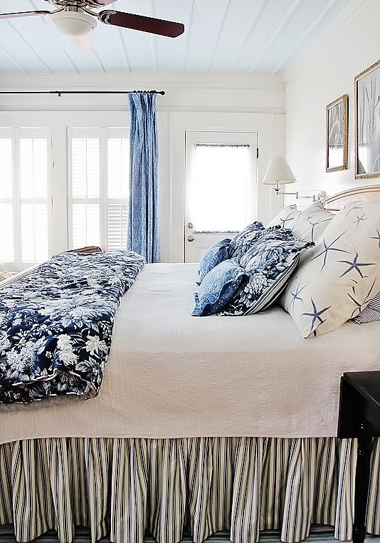 Beach Cottage Style House Tour With Images Ocean Inspired