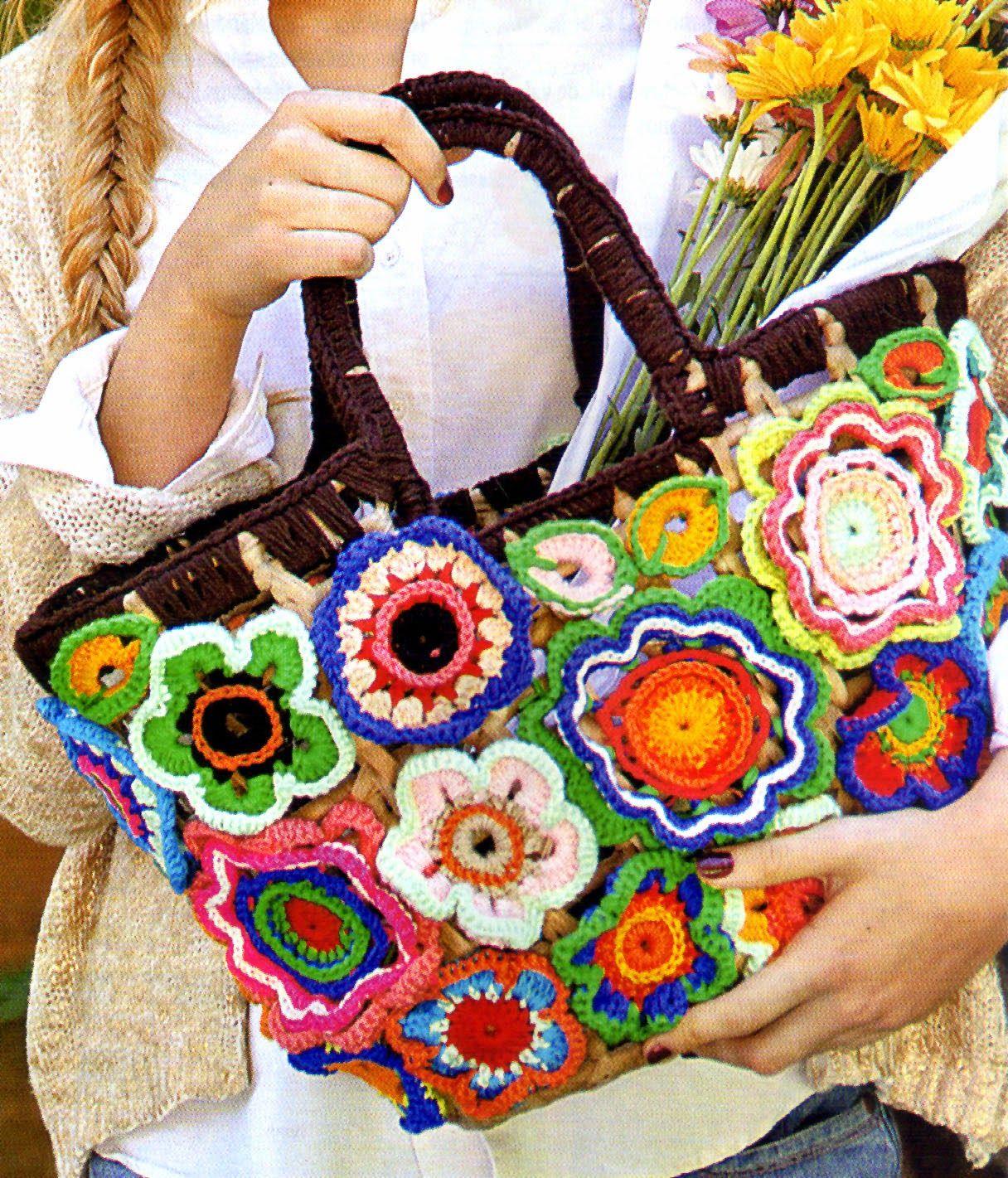 Tejidos artesanales en crochet canasta con adornos de - Bolsos tejidos a crochet ...