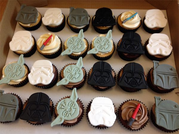 Star Wars cupcakes.
