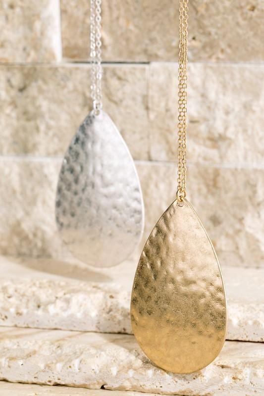 The Hammered Metal  #stitchfix #modcloth #fashion #boutique #conntempo #instafashion #fashionista #instalove #love #ootd   buy from