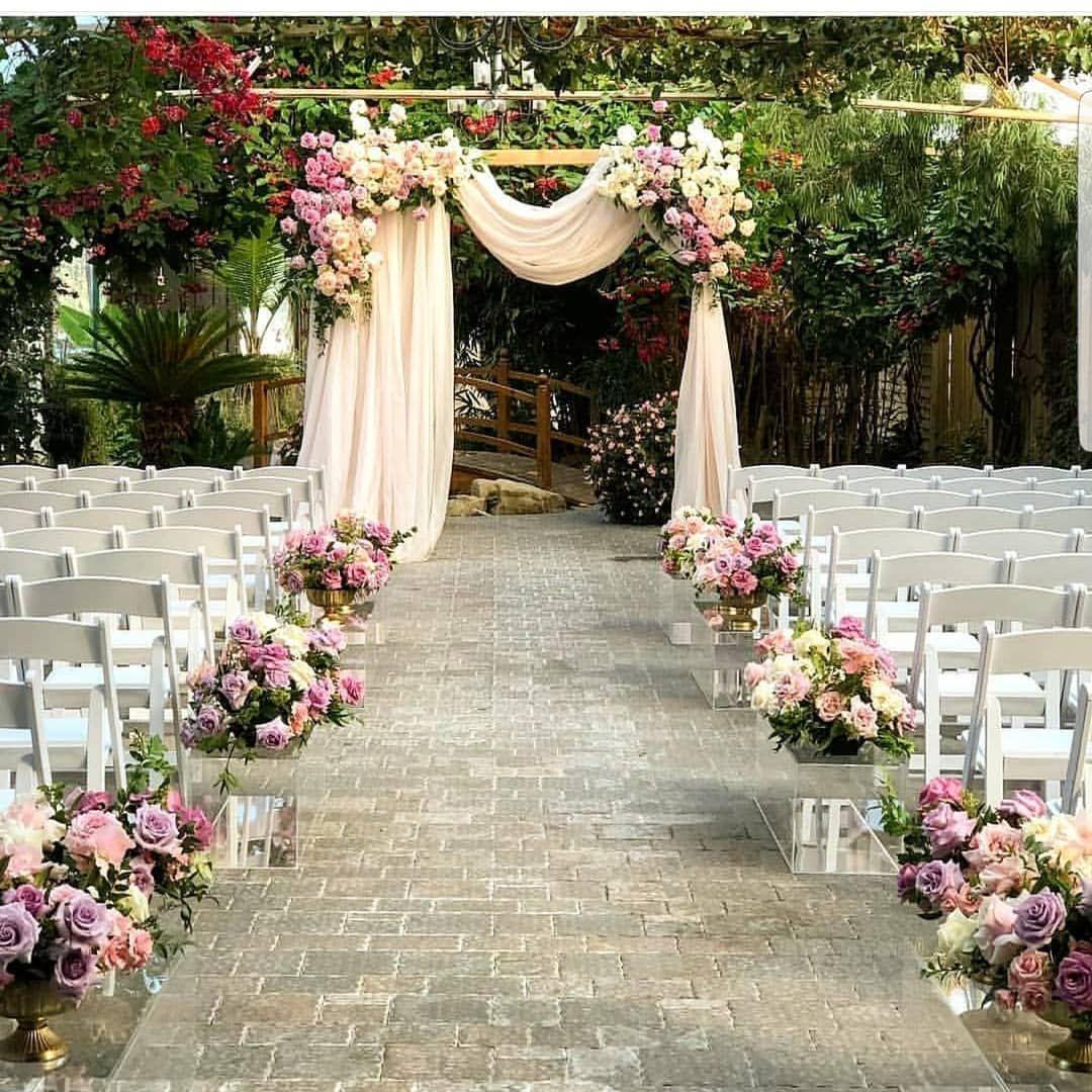 Wedding Altar Meet The Parents: O Charme Do Mini Wedding. 💕💕💕 Por @donnadudecor Siga @mini
