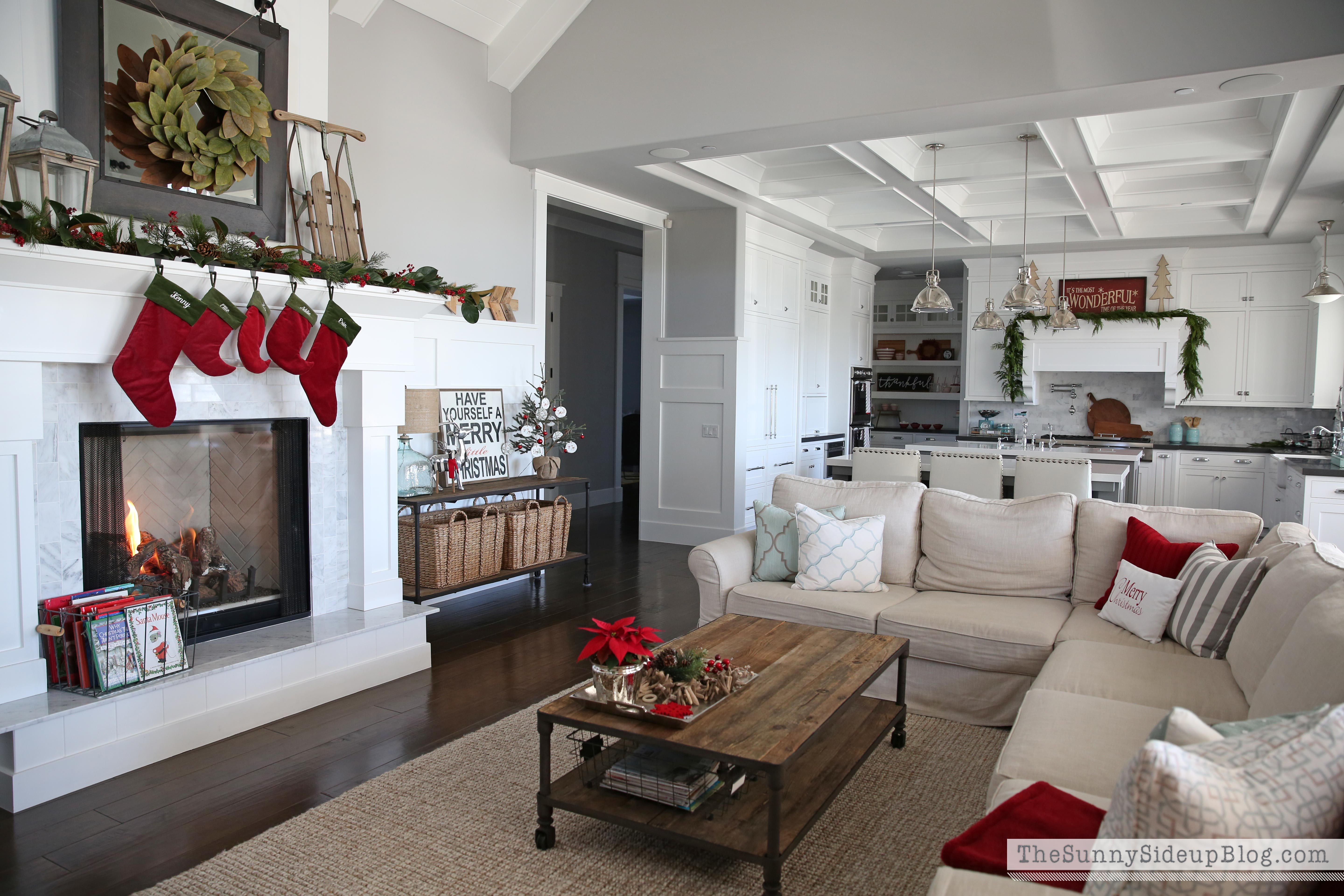 Christmas in the kitchen Warm and Cozy Christmas Home Tour Cozy
