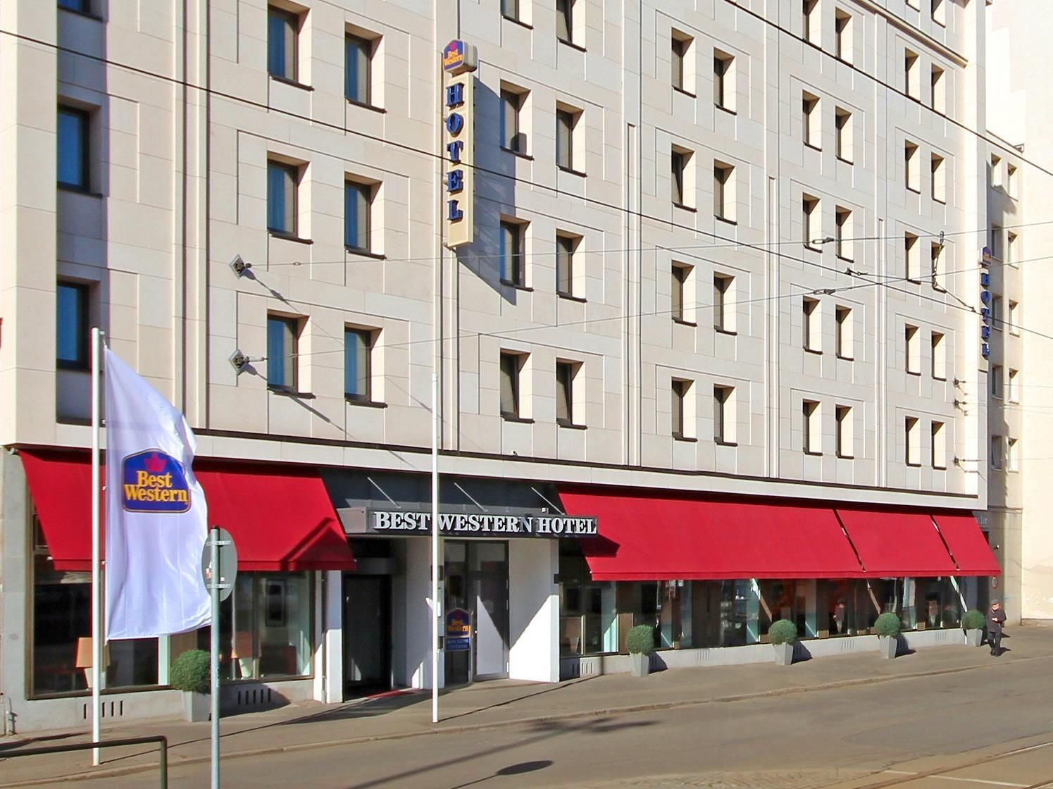 Leipzig Best Western Hotel Leipzig City Centre Germany, Europe Set in a prime location of Leipzig, Best Western Hotel Leipzig City Centre puts everything the city has to offer just outside your doorstep. Both business travelers and tourists can enjoy the hotel's facilities and services. Service-minded staff will welcome and guide you at the Best Western Hotel Leipzig City Centre. Guestrooms are fitted with all the amenities you need for a good night's sleep. In some of the roo...