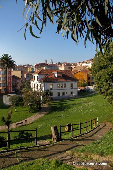 Museo Antón Candás. Museos Asturias.  [Más info] http://www.desdeasturias.com/museo-anton-de-escultura/