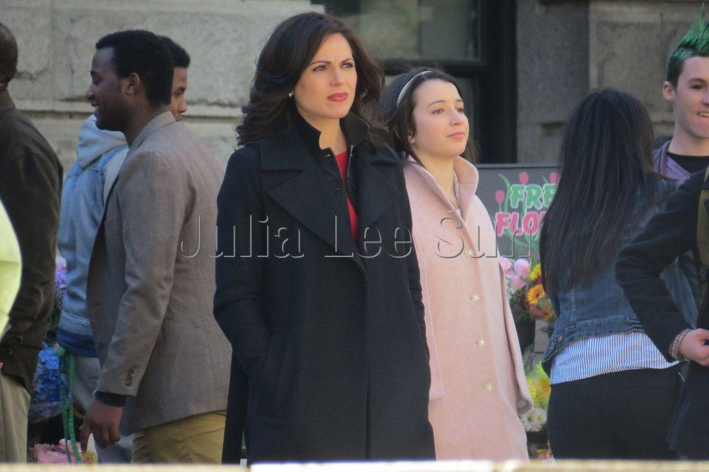 Lana & Olivia on set - March 28, 2016