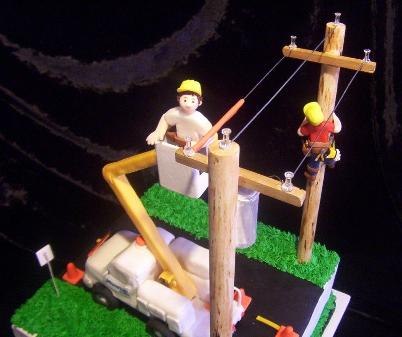 power lineman wedding cake topper this a great cake for my lineman must do 18705
