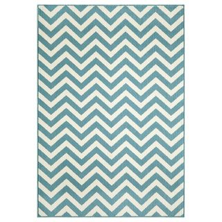 @Overstock.com.com - Indoor/Outdoor Blue Chevron Area Rug (2'3 x 4'6) - A bold and exciting blue and white chevron pattern highlights this stunning indoor/outdoor area rug. A machine-made construction with polypropylene gives this accent rug a durable design to combine with the fashionable look.    http://www.overstock.com/Home-Garden/Indoor-Outdoor-Blue-Chevron-Area-Rug-23-x-46/8079925/product.html?CID=214117 $35.99