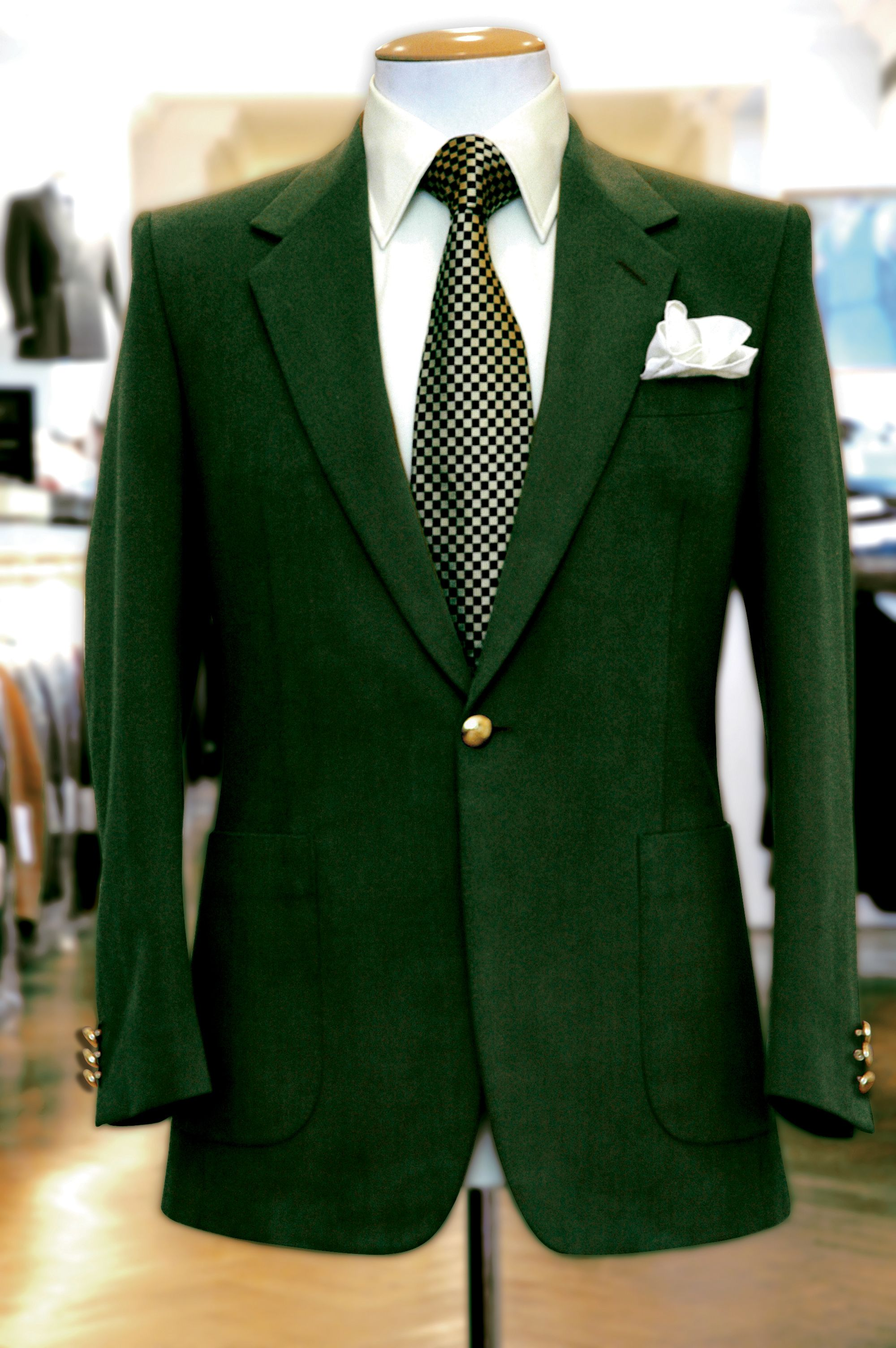 Green suit. Could I pull it off? | wanna wear | Pinterest | Men's ...