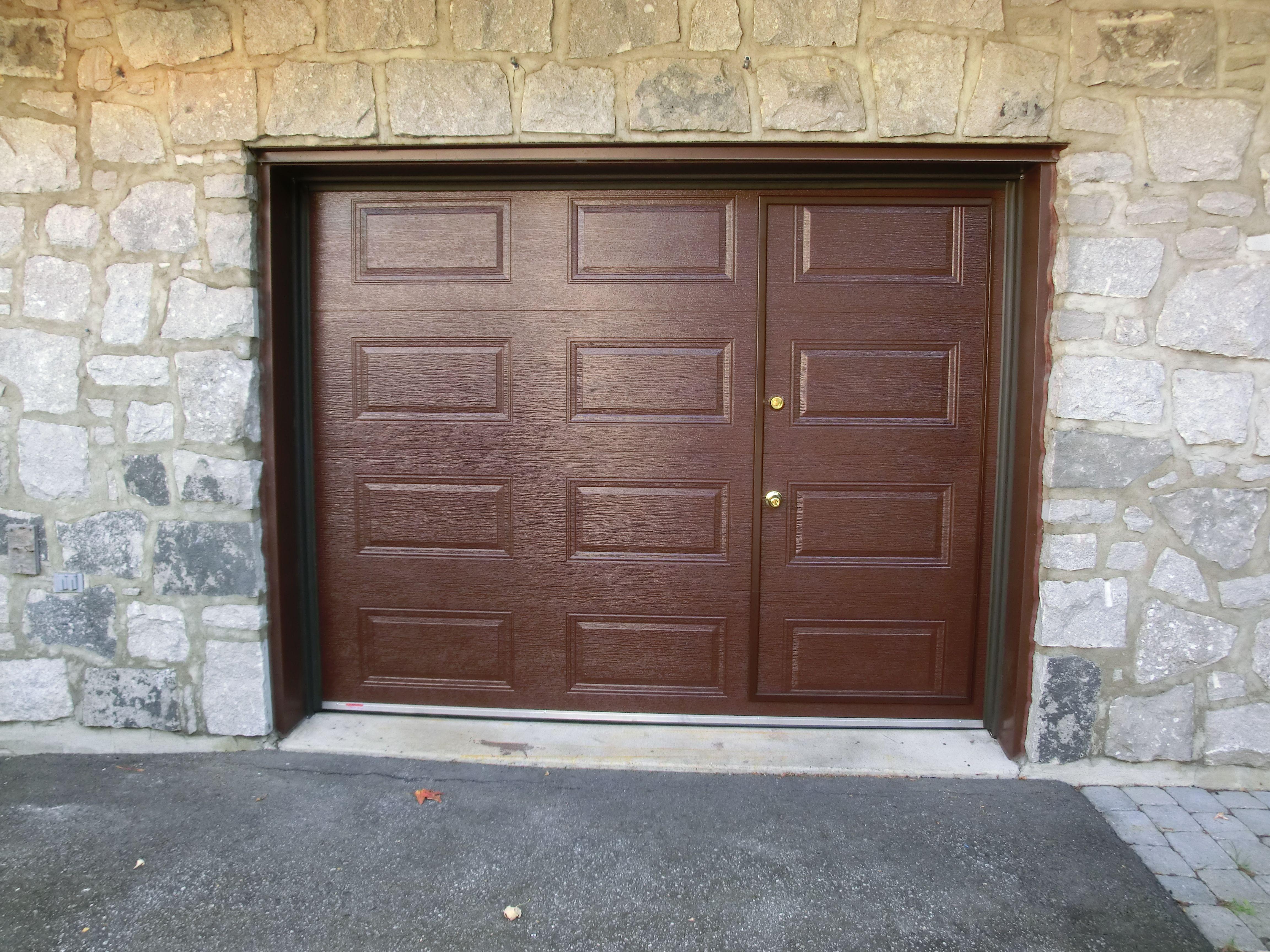 porte de garage avec porte pi ton gl portes et. Black Bedroom Furniture Sets. Home Design Ideas