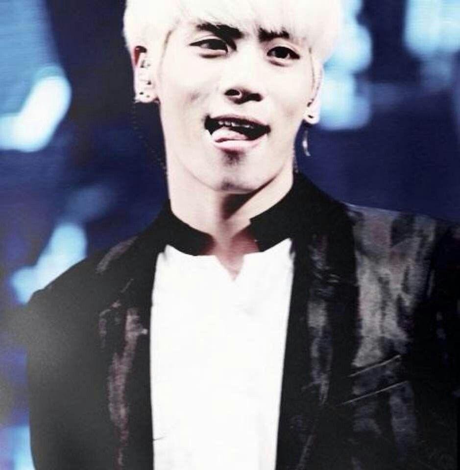 Jonghyun Tongue Jonghyun Shinee Kpop