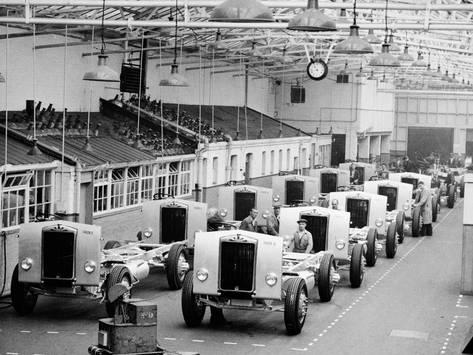 Albion Works In Scotstoun 1955 Photographic Print Art Com In 2020 Commercial Vehicle Classic Trucks Albion