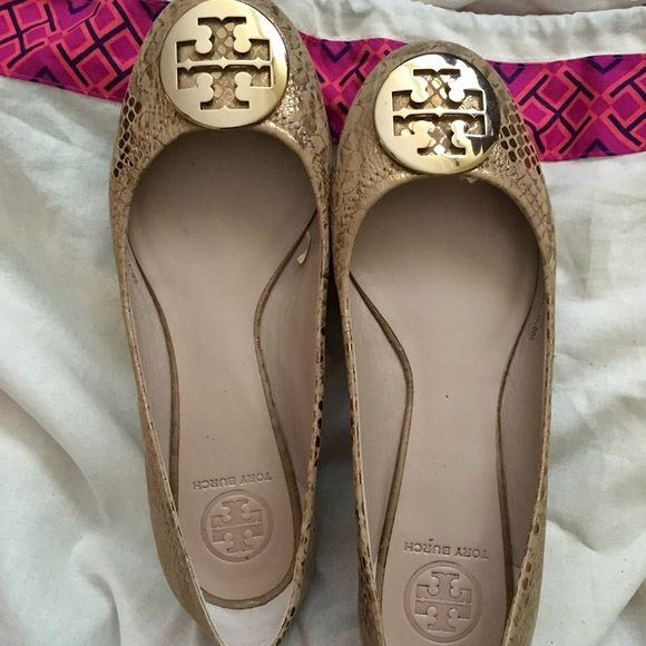 2137c68135ebbc Hold Authentic Tory Burch gold reva cobra embossed Authentic Reva flats  beautiful Reva flats in cobra snakeskin in a gold color Like new size 8.
