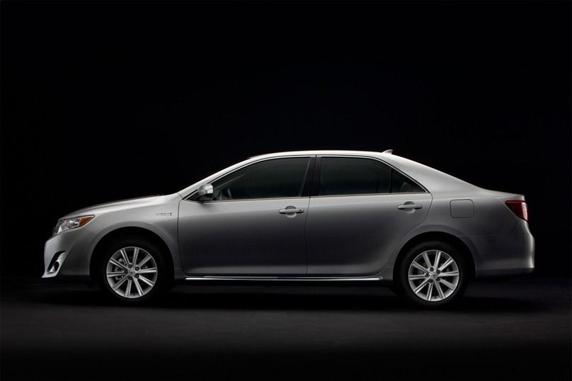 2012 Toyota Camry XLE Hybrid.  40mpg for $30000