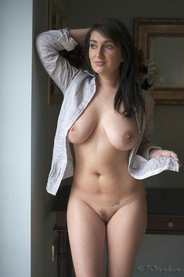 Reality sexy mature moms nude pics
