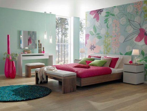 Chambre ado fille avec tapisserie motif bois et beaucoup - Tapisserie chambre ado ...